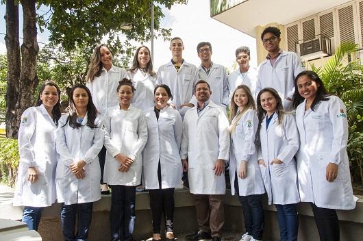 Equipe do Labiman que participa das pesquisas (Foto: Viktor Braga/UFC)
