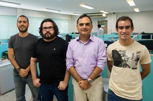 Equipe do Gtel que participa do projeto (Foto: Ribamar Neto/UFC)