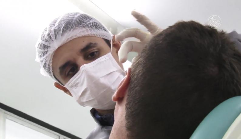 Profissionais acompanham pessoas que perderam tecidos na face (Imagem: Gutiérrez Réges/UFCTV)