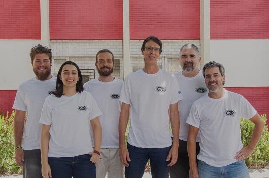 Equipe de pesquisadores posando para a foto (Foto: Ribamar Neto/UFC)