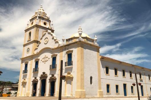 Fachada da Igreja de Nossa Senhora do Rosário, em Aracati.